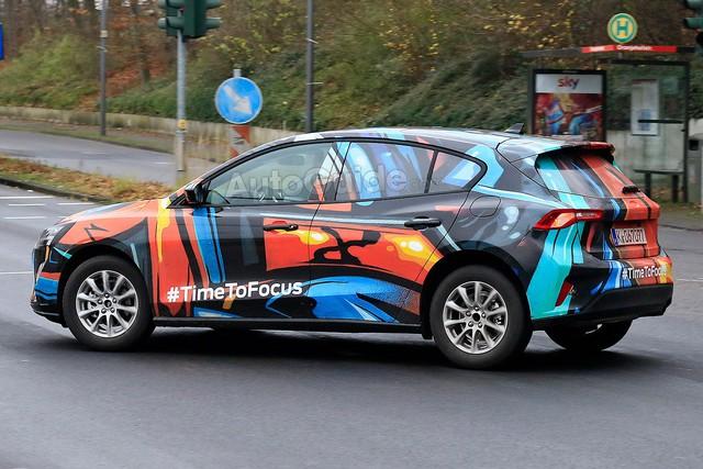 VinFast nguỵ trang xe như trang trí, còn các hãng ô tô khác thì sao? - Ảnh 12.