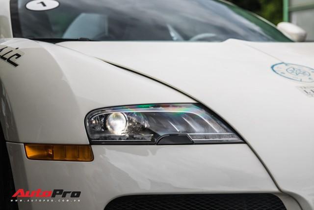 Tóm gọn Bugatti Veyron 16.4 của ông Đặng Lê Nguyên Vũ đi đăng kiểm - Ảnh 21.