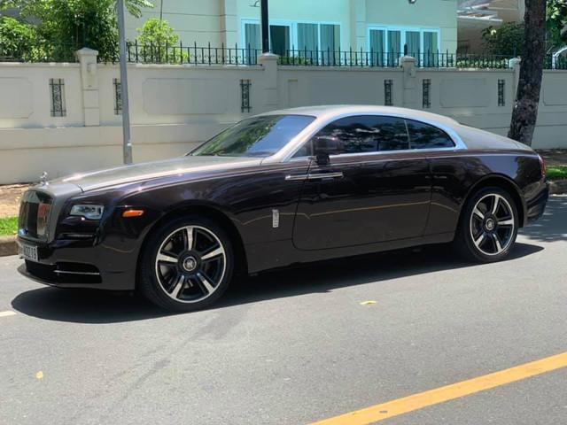 Dân chơi đồng hồ khét tiếng Hà Nội bán Rolls-Royce Ghost độ, mua Rolls-Royce Wraith đặc biệt không kém - Ảnh 3.
