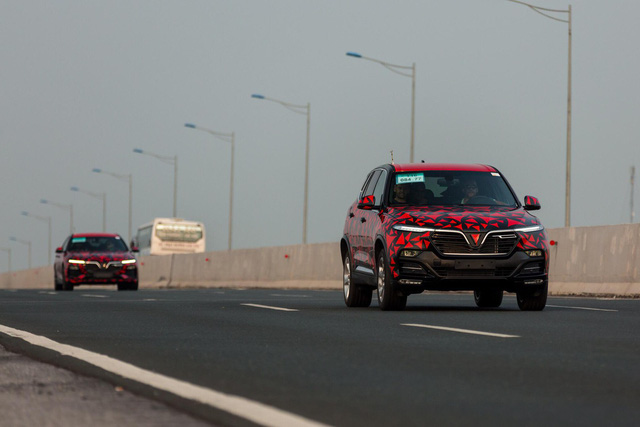 Giải đáp thắc mắc lớn về những chiếc ô tô VinFast chạy thử trên đường - Ảnh 1.
