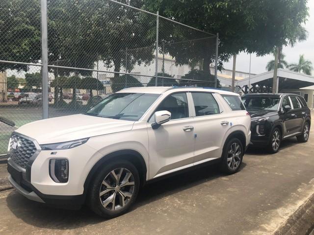 Hyundai Palisade nhập khẩu Hàn Quốc tiếp tục đổ bộ tới Việt Nam, thêm màu sơn trắng - Ảnh 2.