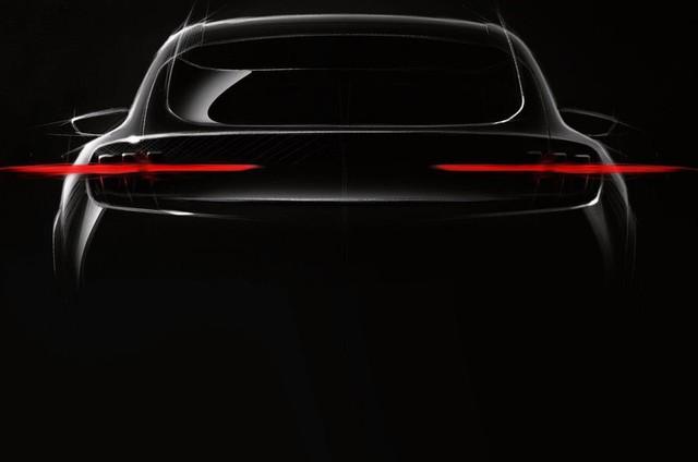 Mach E - SUV điện đầu tiên của Ford, lấy nền tảng Mustang ra mắt ngay năm nay, thách thức ông lớn Tesla - Ảnh 1.