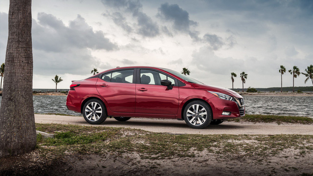 SUV chưa giết được sedan: 78% chủ xe không phải sedan vẫn cân nhắc mua sedan