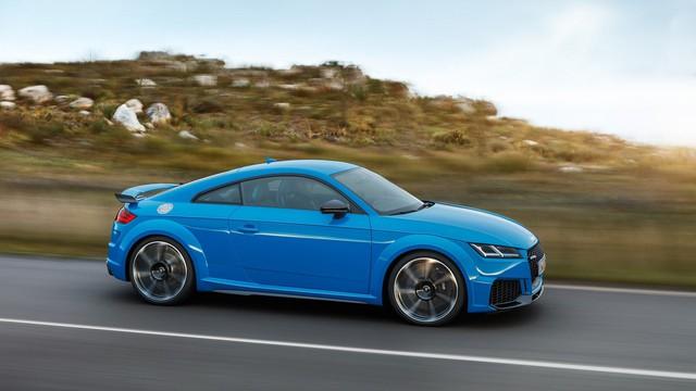 Không chịu thua BMW X7 hay Mercedes-Benz GLS, Audi Q9 sẽ ra mắt ngay năm nay, hé lộ thêm cả Audi TT 4 cửa lần đầu tiên xuất hiện - Ảnh 2.