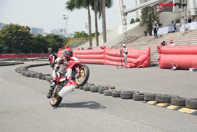 Giải đua xe mô-tô Việt Nam lần đầu tiên được tổ chức tại Hà Nội - Ảnh 3.