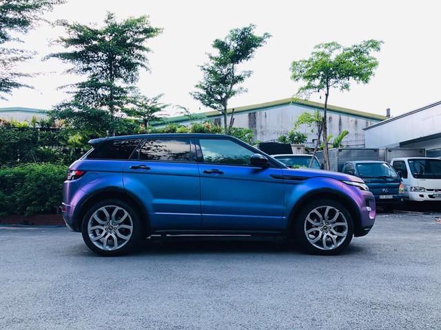 Range Rover Evoque 'full option' màu 'tắc kè hoa' đi 4 năm được bán ngang giá Mercedes-Benz GLC mới tinh - Ảnh 3.
