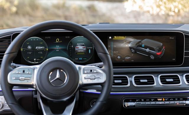 BMW X7 sắp về Việt Nam và đây là cách Mercedes GLS chứng tỏ đẳng cấp hơn cả S-Class của SUV - Ảnh 9.