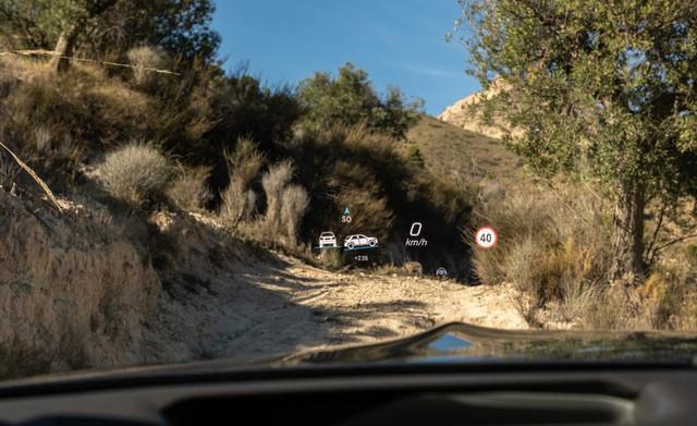 BMW X7 sắp về Việt Nam và đây là cách Mercedes GLS chứng tỏ đẳng cấp hơn cả S-Class của SUV - Ảnh 10.