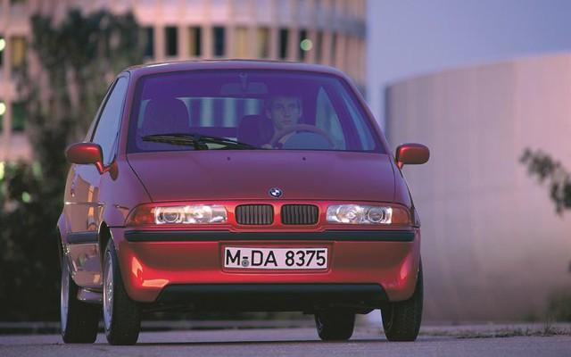 Nhân dịp ra mắt 1-Series 2020, nhìn lại 5 dòng xe BMW nhỏ con từng xuất hiện - Ảnh 3.