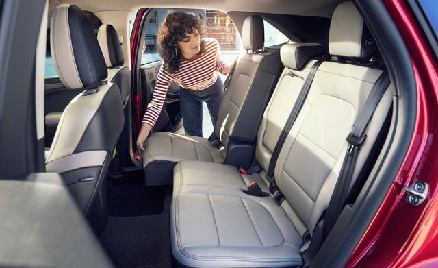 Ford Escape 2020 chốt giá, cao hơn Honda CR-V - Ảnh 4.