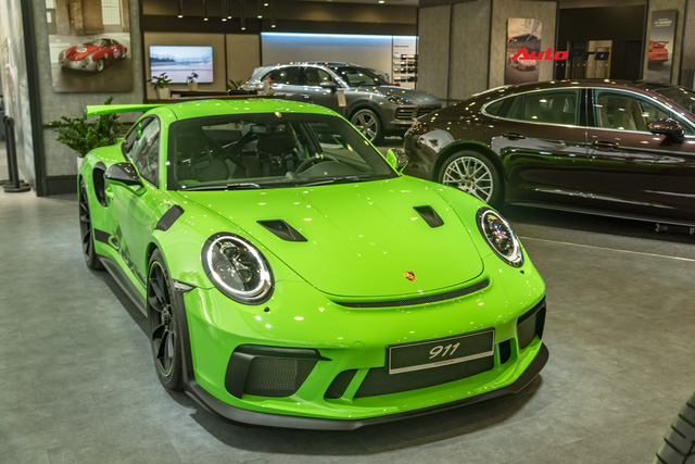 Porsche 911 GT3 RS Lizard Green độc nhất Việt Nam lần đầu ra phố Sài Gòn, thêm nhiều chi tiết độ TechArt Carbon khủng - Ảnh 16.