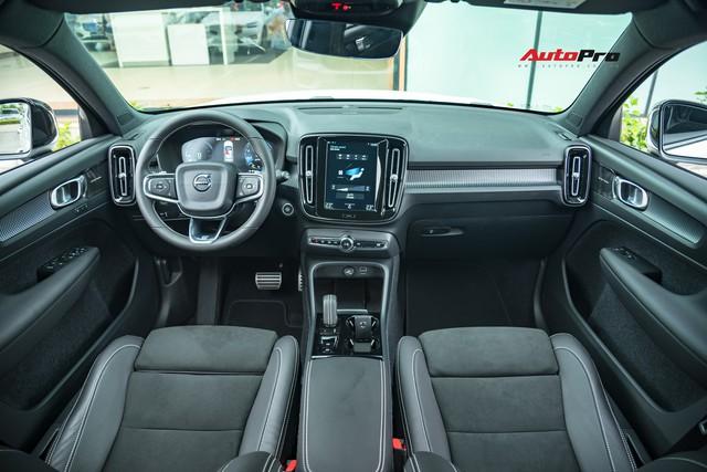 Chọn Volvo XC40 hay Mercedes-Benz GLA, BMW X1 trong tầm tiền dưới 2 tỷ đồng? - Ảnh 2.