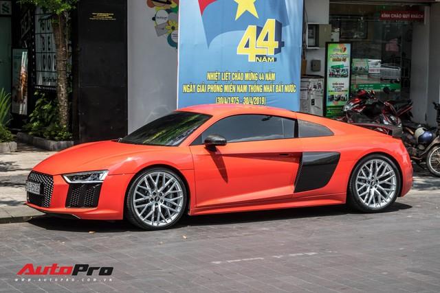 Audi R8 V10 Plus từng của Đông Nhi - Ông Cao Thắng được đại gia Sài Gòn mua lại, lên phong cách vặt logo tương tự Cường Đô-la - Ảnh 1.