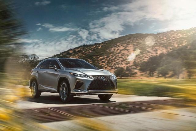 Ra mắt Lexus RX 2020: Chuyển mình để theo kịp Mercedes GLE - Ảnh 1.