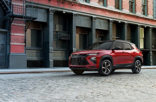 SUV 7 chỗ Chevrolet Trailblazer mới chốt giá rẻ bất ngờ - Ảnh 1.