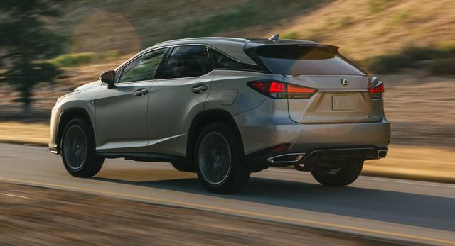 Ra mắt Lexus RX 2020: Chuyển mình để theo kịp Mercedes GLE - Ảnh 2.