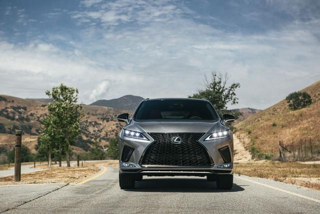 Ra mắt Lexus RX 2020: Chuyển mình để theo kịp Mercedes GLE - Ảnh 3.