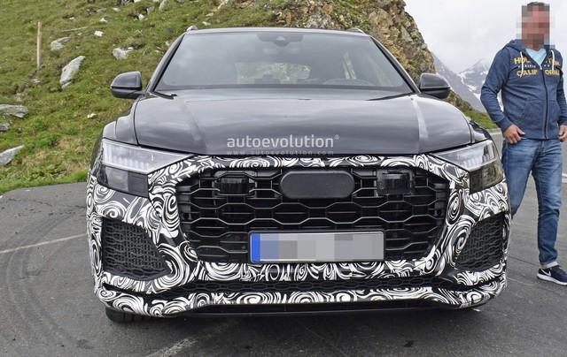 Lộ diện Audi RS Q8 - SUV khổng lồ dùng động cơ như Lamborghini Urus - Ảnh 4.