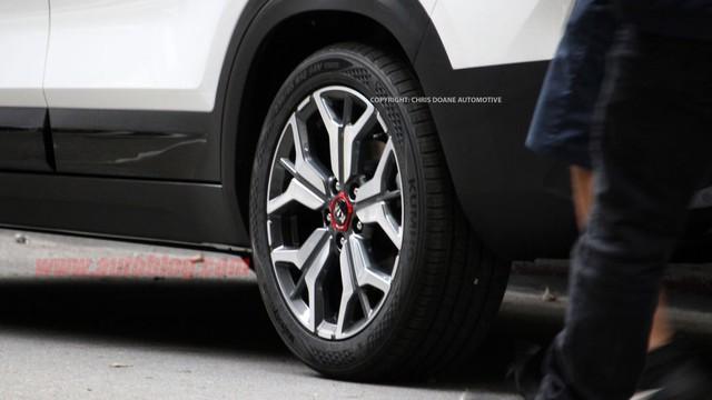 Lộ diện Kia Seltos - Đàn em Sportage dùng động cơ Cerato, cạnh tranh Honda HR-V - Ảnh 7.