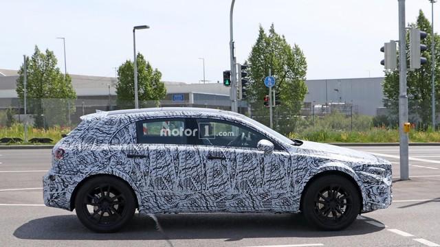 Mercedes-Benz GLA thế hệ mới sắp xuất trận, cạnh tranh BMW X2 - Ảnh 3.