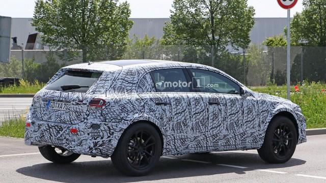 Mercedes-Benz GLA thế hệ mới sắp xuất trận, cạnh tranh BMW X2 - Ảnh 4.