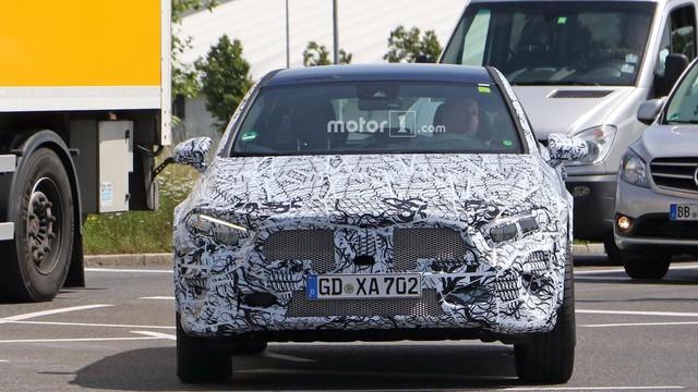 Mercedes-Benz GLA thế hệ mới sắp xuất trận, cạnh tranh BMW X2 - Ảnh 2.
