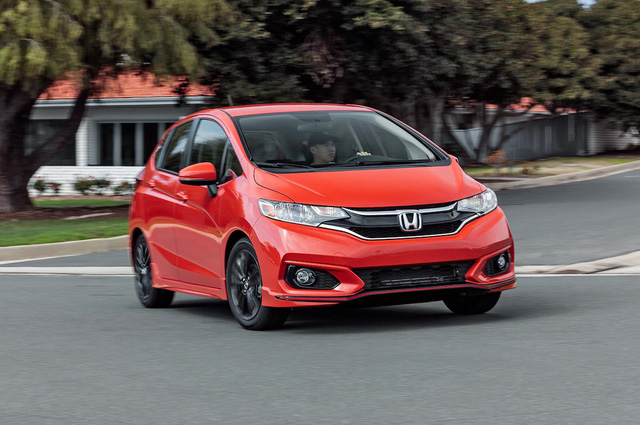 5 dòng xe cỡ nhỏ rộng rãi nhất trên thị trường: Honda chiếm tới 2, đều bán tại Việt Nam - Ảnh 1.