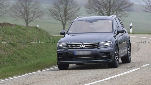 Volkswagen Tiguan R khiến người mê tốc độ phát thèm trong ròng rã 3 năm - Ảnh 1.