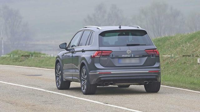 Volkswagen Tiguan R khiến người mê tốc độ phát thèm trong ròng rã 3 năm - Ảnh 5.