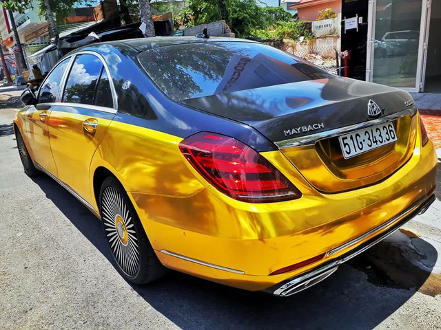 Đại gia Sài Gòn giả Mercedes-Benz S-Class như Maybach dát vàng Trung Đông, logo mâm xe như Rolls-Royce - Ảnh 1.
