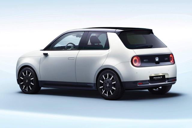 Honda chốt tên dòng xe thuần điện mới, nâng cấp Jazz giống CR-V - Ảnh 1.