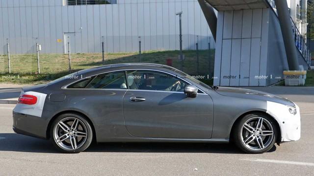 Không cần giấu diếm, Mercedes-Benz E-Class Coupe facelift khoe trọn thiết kế khi chạy thử - Ảnh 3.