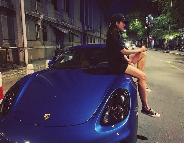 Hot girl 9x xuất hiện bên cạnh một loạt siêu xe, xe thể thao đình đám ở Việt Nam là ai? - Ảnh 8.