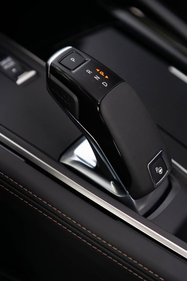 Có nên chọn cấu hình đặc biệt này của Peugeot 508 thay vì bản sedan? - Ảnh 14.