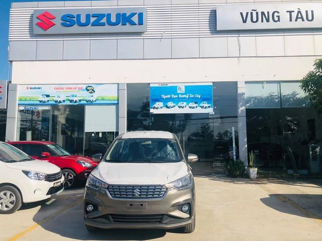 Suzuki Ertiga thế hệ mới giá từ 499 triệu đồng ồ ạt đổ bộ đại lý, đối thủ của Mitsubishi Xpander giao xe từ tháng 7 - Ảnh 3.