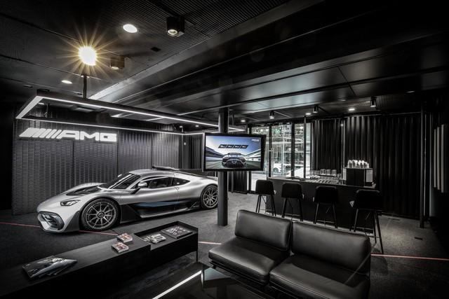 Một trong 275 siêu xe Mercedes-AMG đã có người bán lại, giá nhẹ nhàng gần 4 triệu USD - Ảnh 1.