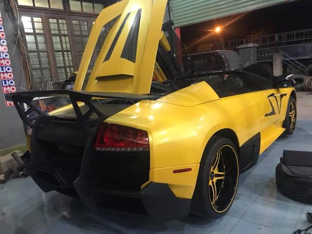 Lamborghini Murcielago mui trần độc nhất Việt Nam độ nhiều đồ chơi trước khi lên đường Car Passion 2019 - Ảnh 1.
