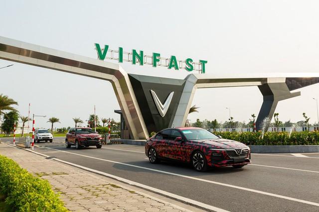 Chuyên gia Hải Kar lần đầu tiết lộ mức tiêu hao nhiên liệu của VinFast Lux A2.0 và VinFast Lux SA2.0 - Ảnh 1.