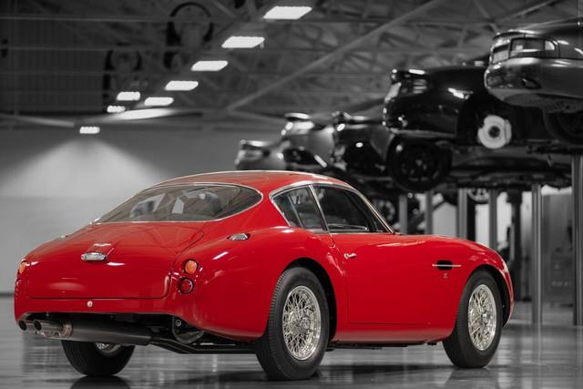 Aston Martin ra mắt xe đắt giá nhất lịch sử, hơn gấp đôi Bugatti Chiron - Ảnh 3.