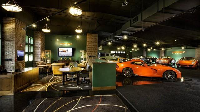Mua bảo tàng xe nhận luôn biệt thự và bộ sưu tập xe cổ: Gói khuyến mãi ấn tượng chỉ… 279 triệu USD - Ảnh 3.
