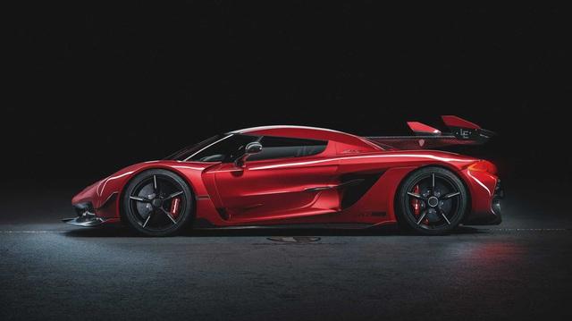 Koenigsegg chuẩn bị ra mắt siêu phẩm 'soán ngôi vua tốc độ' của Bugatti Chiron Super Sport 300
