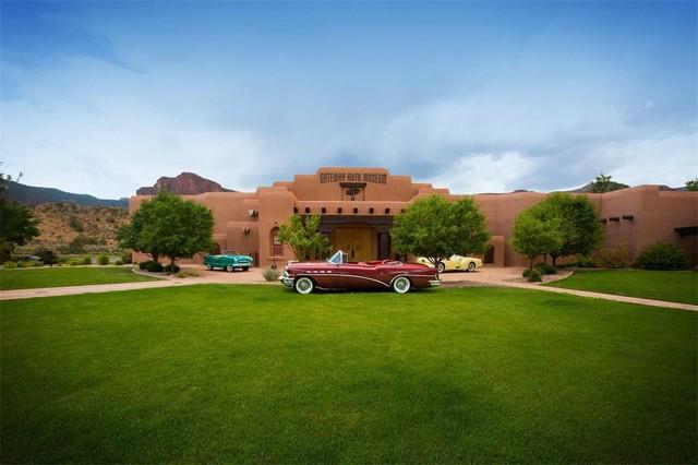 Mua bảo tàng xe nhận luôn biệt thự và bộ sưu tập xe cổ: Gói khuyến mãi ấn tượng chỉ… 279 triệu USD - Ảnh 4.