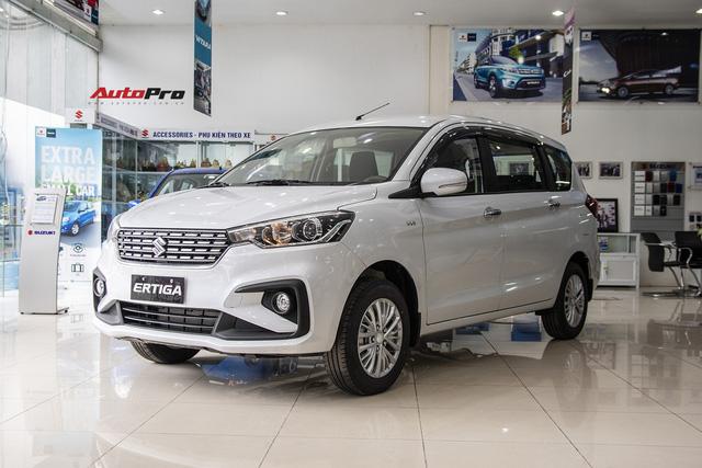 Khách đặt Suzuki Ertiga 'sốt ruột' chờ đợi, nơm nớp lo sang năm 2020 vẫn không có xe giao - Ảnh 1.