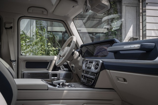 Stronger Than Time, mẫu xe kỷ niệm sinh nhật tuổi 40 của Mercedes-Benz G-Class - Ảnh 4.