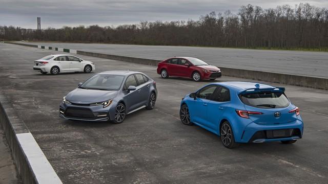 Xe Toyota có thể tự chuyển chế độ lái về P, tắt động cơ từ năm sau - Ảnh 1.