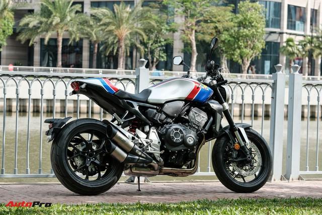Honda CB1000R Plus Limited Edition giới hạn 350 chiếc trên toàn thế giới ồ ạt đổ bộ Việt Nam, giá ngang ô tô hạng B - Ảnh 2.