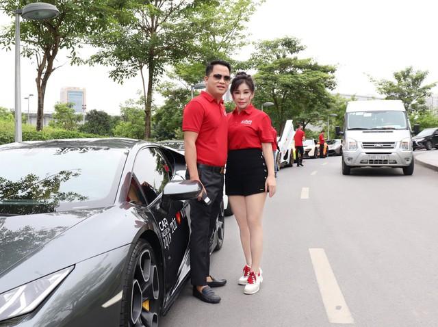 Đại gia Hoàng Kim Khánh cầm lái Lamborghini Huracan thay vì Aventador S và đây là lý do phía sau - Ảnh 2.