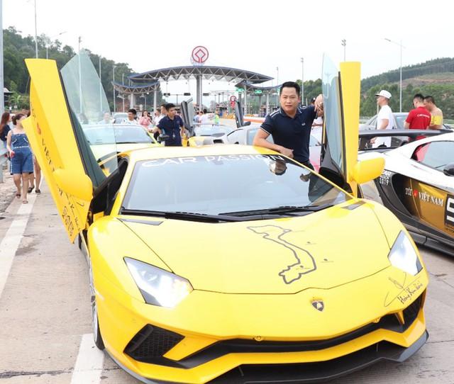 Fanpage Car Passion: Bò Lamborghini Aventador S mất vài chiếc ốc nhỏ sau sự cố gặm cỏ bên đường - Ảnh 8.