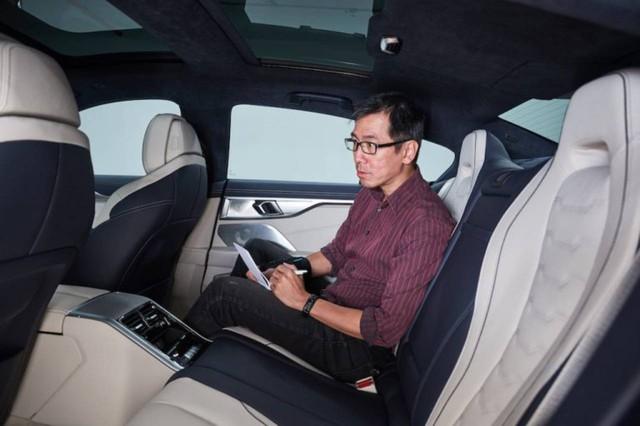 Đấu Mercedes-Maybach S-Class, BMW 8-Series 4 cửa lộ ảnh chi tiết trước ngày ra mắt  - Ảnh 9.