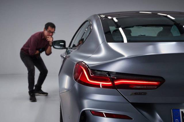 Đấu Mercedes-Maybach S-Class, BMW 8-Series 4 cửa lộ ảnh chi tiết trước ngày ra mắt  - Ảnh 4.